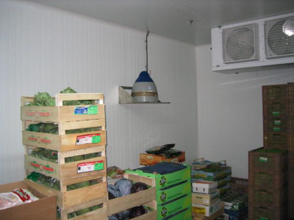 tablette inox murale pour humidificateur vapadisc. Tablette inox ou support mural inox pour humidificateur pour stock de fruit its et légumes